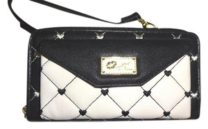 Betsey Johnson LUV BETSEY WALLET ON A STRING/BLACK/BONE/CELL PHONE POCKET