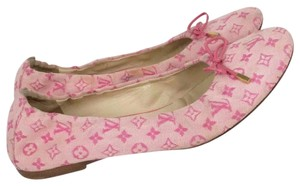 Louis Vuitton pink Flats