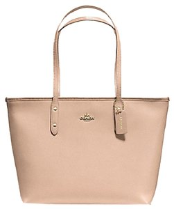 Coach 57522 City Zip Rare Sold Out Valentine's Day Tote in Beechwood Beige
