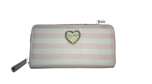 Betsey Johnson ZIP AROUND QUILTED SWAG BLUSH WALLET