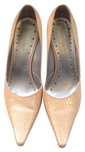 BCBGMAXAZRIA Blush Pumps