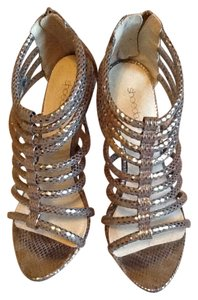 ShoeDazzle Peep Toe Metallic Date Night Evening Night Out Silver Platforms