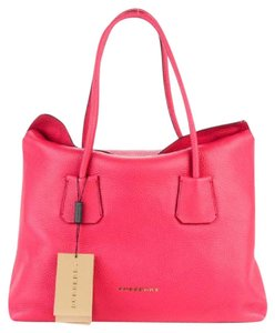 Burberry Leather Baynard Tote in Pink Azalia