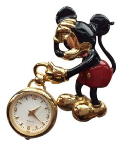 Disney Mickey Mouse Brooch Watch Never Used