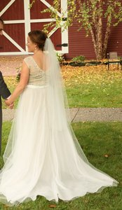 BHLDN Bhldn Ivory Veil In Good Condition
