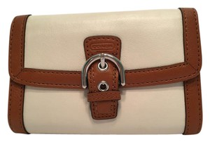 Coach Soho Leather Buckle Compact Clutch White F47680
