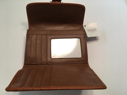 Coach Soho Leather Buckle Compact Clutch White F47680 Image 1