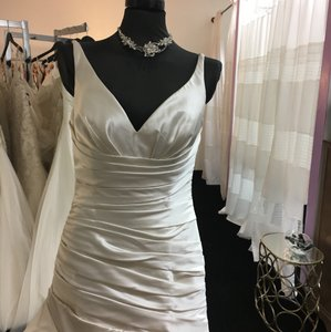 La Sposa Medina Wedding Dress