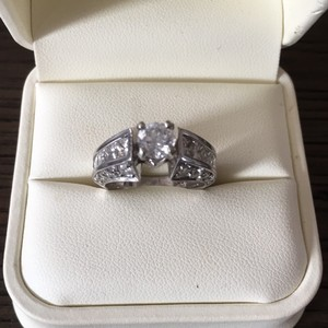 Jared Women's Engagement Ring Size 6.5