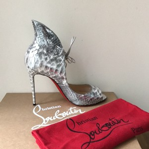 Christian Louboutin silver grey Pumps