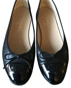 Chanel Luxury Ballet black Flats
