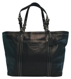 Coach Gallery East/west Tote in Black