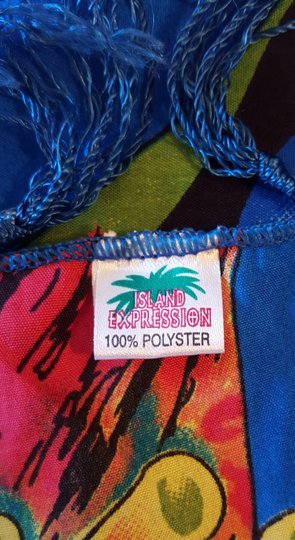 Island Expression SALE Island Expression Multicolor 100% polyester wrap. Image 1