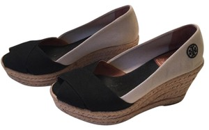 Tory Burch Black/off white Wedges