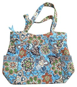 Vera Bradley Bright Overnight Travel Tote in Bali Blue Pattern - Blue