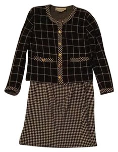 Adrienne Vittadini rn57675 Checkered Skirt Suit