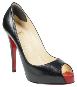 Christian Louboutin Very Prive 39.5 Peep Toe Red Black Pumps