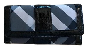 Burberry Stripped Burberry Wallet-Great Deal