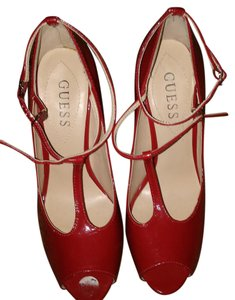 Guess Stilleto Sexy Red Pumps