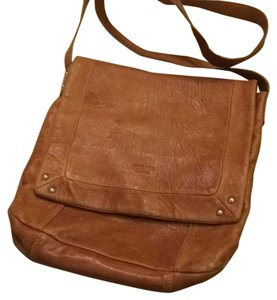 Perlina Vintage Cross Body Bag