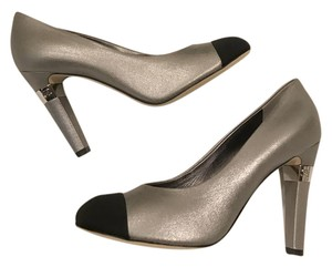 Chanel Metallic Silver Cc Grey Pumps