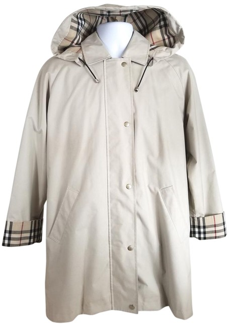 Item - Ivory Brittany Hooded Coat Size 6 (S)