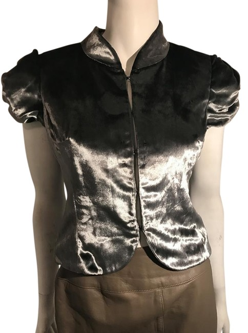 Preload https://img-static.tradesy.com/item/20630798/gray-night-out-top-size-2-xs-0-1-650-650.jpg