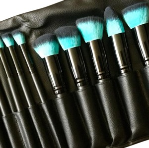 NEW: Make up Brush Set! 10 Piece Teal Brush Set