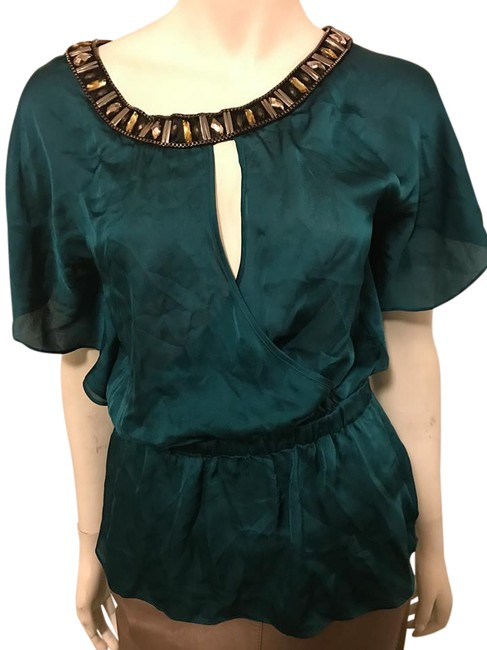 Preload https://img-static.tradesy.com/item/20630814/green-blouse-size-6-s-0-1-650-650.jpg