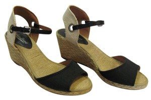 Lucky Brand Brand New 8.50 M Excellent Condition Black, Neutral Wedges