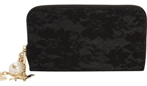 deux lux deux lux black lace waverly wallet with gold pearls