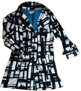 Trixxi Coat Size Medium P2311 black white Jacket