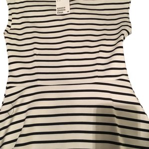 H&M Top White and Black