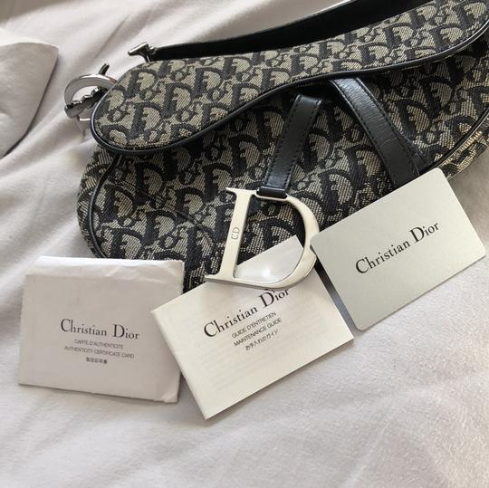 Dior Shoulder Bag Image 10