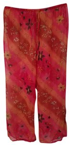 Other Capri/Cropped Pants Red Floral