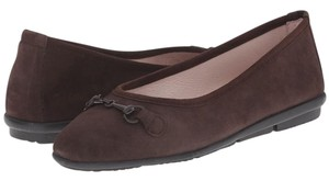 Patricia Green Brown Flats