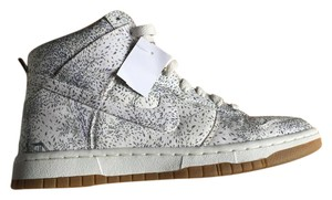 Nike Dunk Sneaker Liberty White and Blue Athletic
