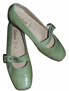 Gabor Muted green?patent leather Flats
