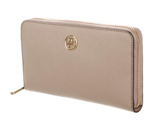 Tory Burch Taupe saffiano leather Tory Burch Robinson wallet