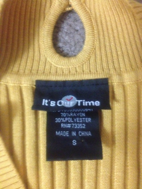 It's Our Time Brand Short Sleeved Sweater