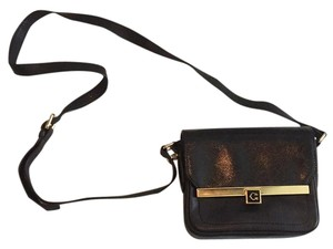 C. Wonder Cross Body Bag