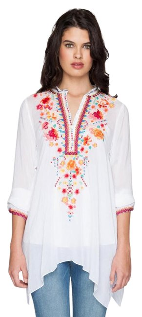 Item - Light Gray Sable Long Sleeve Embroidered Tunic Size 8 (M)