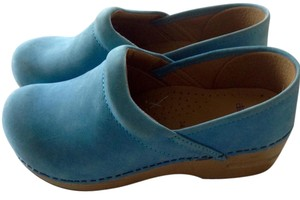Dansko Suede New Without Tag Gold Wedge Heel Blue Mules