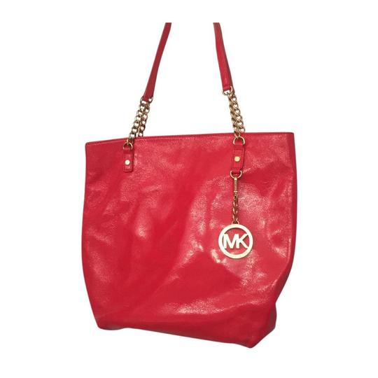 Preload https://item1.tradesy.com/images/michael-kors-chain-mk-red-persimmon-leather-tote-20636075-0-2.jpg?width=440&height=440