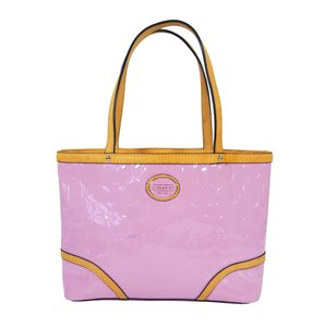 Coach Embossed Patent Leather Lobster Clasp Signature Tote in Light Pink & Tan