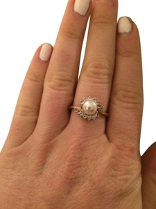 Other Beautiful 14kt Yellow Gold Pearl And Diamond Ring Size 8