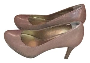 Circa Joan & David Light natural patent Platforms