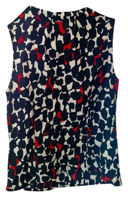 Preload https://item3.tradesy.com/images/black-white-and-red-blouse-size-2-xs-2063792-0-0.jpg?width=400&height=650