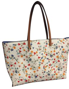 Tory Burch Tote in New Ivory Delphy
