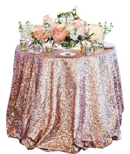 """Blush 2 96"""" Round Sequin Tablecloth"""